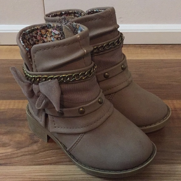 fall boots for girls